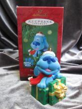 Hallmark 2000 Blue's Clues Surprise Package Christmas Tree Ornament