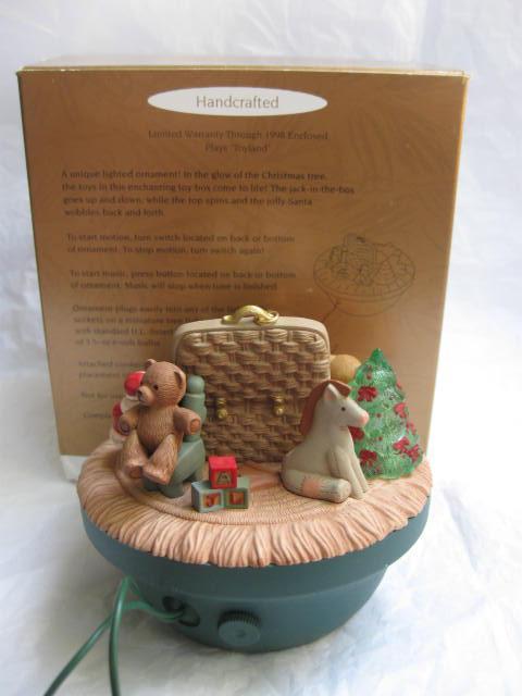 Hallmark 1998 Victorian Toy Box Magic Light Motion & Music Christmas Tree Ornament
