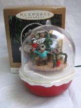 Hallmark 1994 Forest Frolics #6 In Series Magic Light & Motion Christmas Tree Ornament