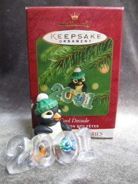 Hallmark 2001 Cool Decade Penguin  2nd In Series Christmas Tree Ornament