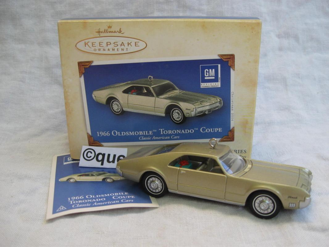 Hallmark 2004 1966 Oldsmobile Toronado Coupe 14th #14 In Classic American Cars Series Christmas Tree Ornament