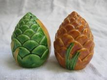 Vintage Souvenir Artichoke Salt & Pepper Shakers