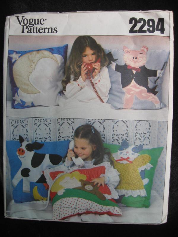 New Vintage Vogue 2294 Moon Pig Cow Kitty Teddy Bear Pillows Sewing Pattern OOP
