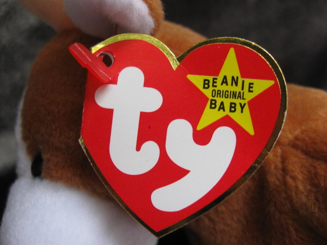 Ty  Bessie The Brown & White Cow   Retired Beanie Baby