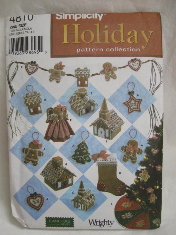 New Simplicity Holiday Crafts 4810 Christmas Cookie Ornaments Tree Skirt Cookie Swag Tree Topper & More Sewing Pattern