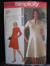 New Simplicity 5789 Misses' Dress Sewing Pattern Misses' Size 12 1970's