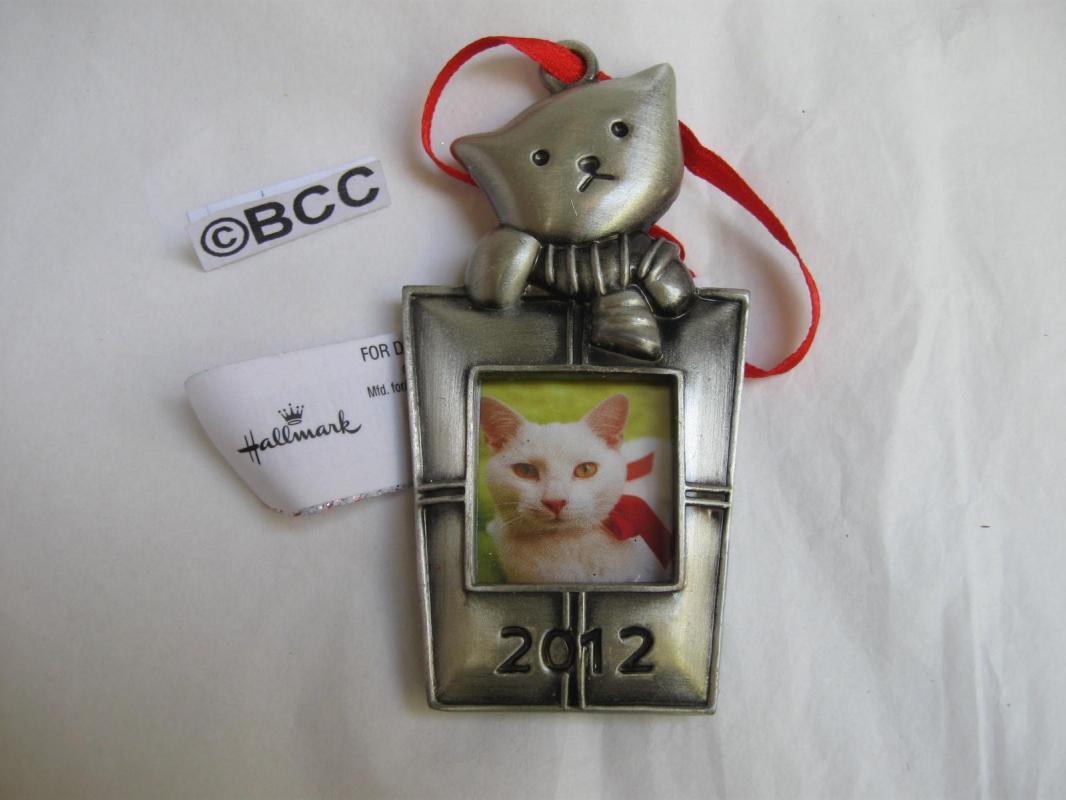 Hallmark 2012 Kitty Cat Photo Holder Christmas Ornament