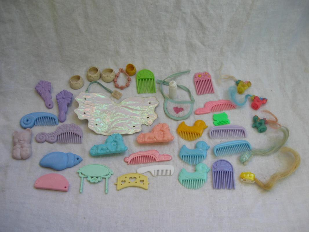 Lot of My Little Pony 3 Miniature + Accessories Combs Brushes Hair Clips & More