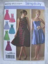 New Simplicity 4070 Misses' Miss Petite Evening Dress Prom Bridal Knee Lentgh Strapless Sewing Pattern Size 12 14 16 18 20