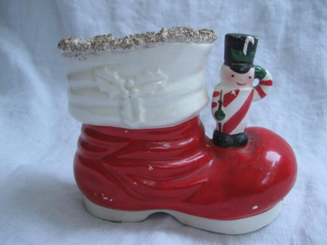 Vintage Toy Soldier Santa Boot Christmas Planter Or Candy Cane Pen Pencil Holder