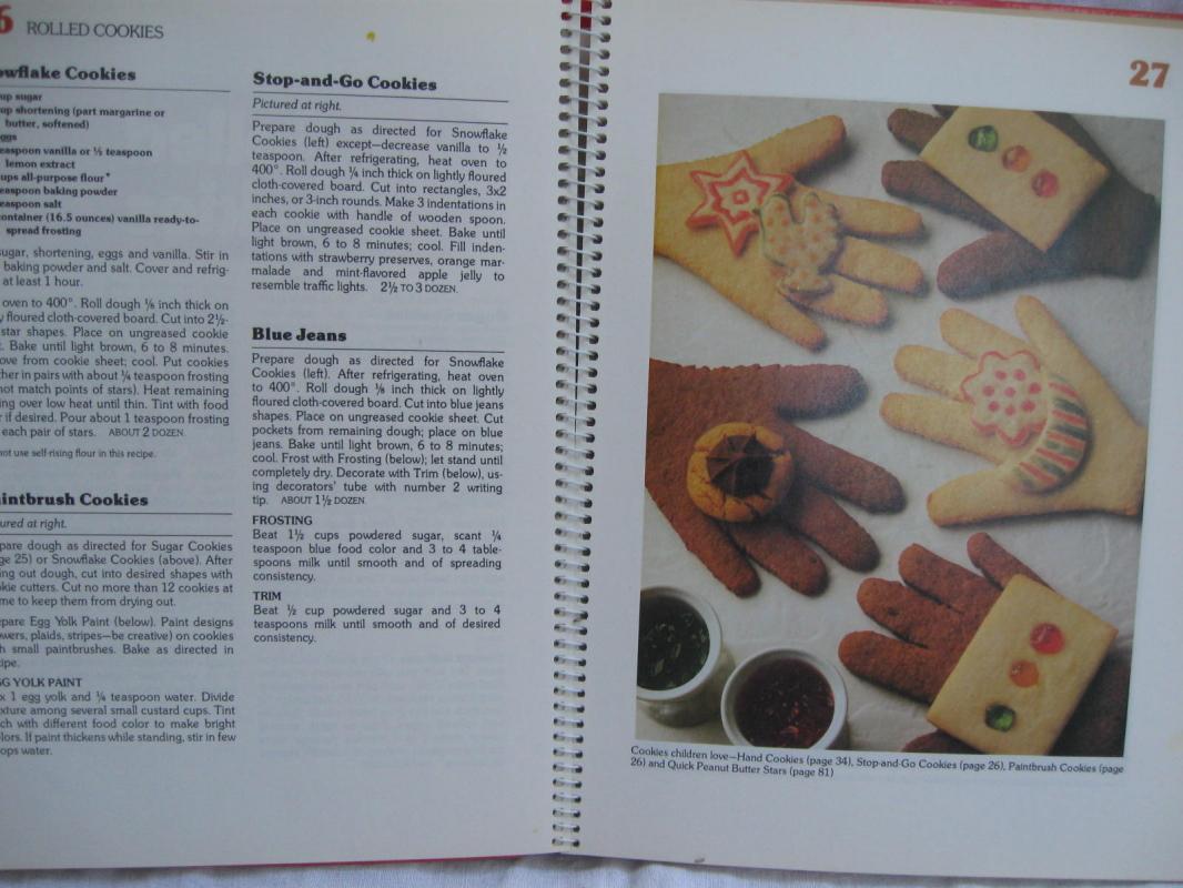 Betty Crocker's Cookie Book  Cookbook Copyright 1963