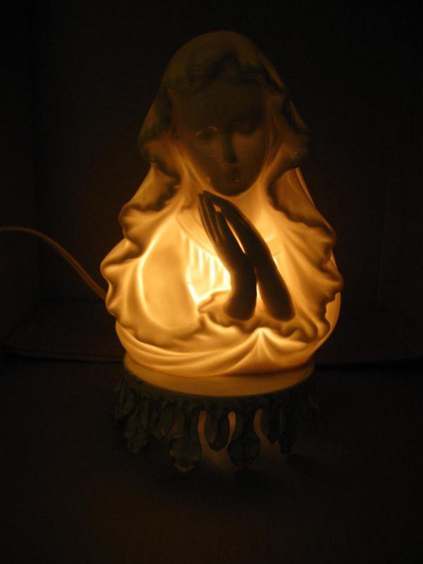 Vintage Ceramic Madonna Night Light Alladin Giftware Lamp