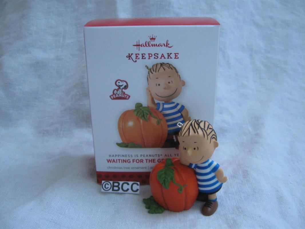 Hallmark 2013 Waiting For The Great Pumpkin Linus 3rd In Peanuts Series Christmas Keepsake Ornament Exclusive