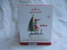 Hallmark 2013 Why Are You Stealing Our Tree Christmas Ornament Grinch Cindy Lou Dr. Suess