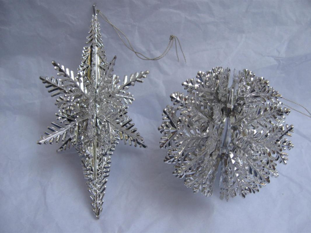 5 Vintage Silver Plastic Snowflakes In 2 Different Shapes or Styles Christmas Ornaments