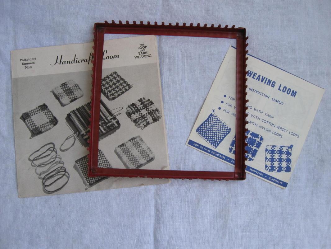 Vintage Handicraft Weaving Loom Plus  Instructions