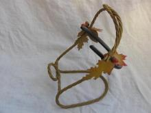 Fancy Metal Horseshoe Wine or Bottle Holder Rack Western Acorns Oak Leaves Rope