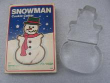 Foxrun Snowman Collector Series Cookie Cutter New In Box #3609