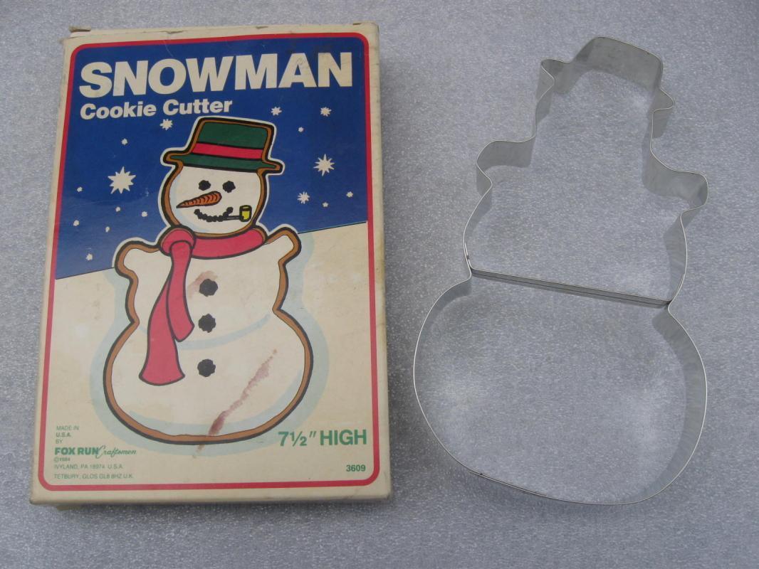 Foxrun Snowman Collector Series Cookie Cutter New In Box #3609