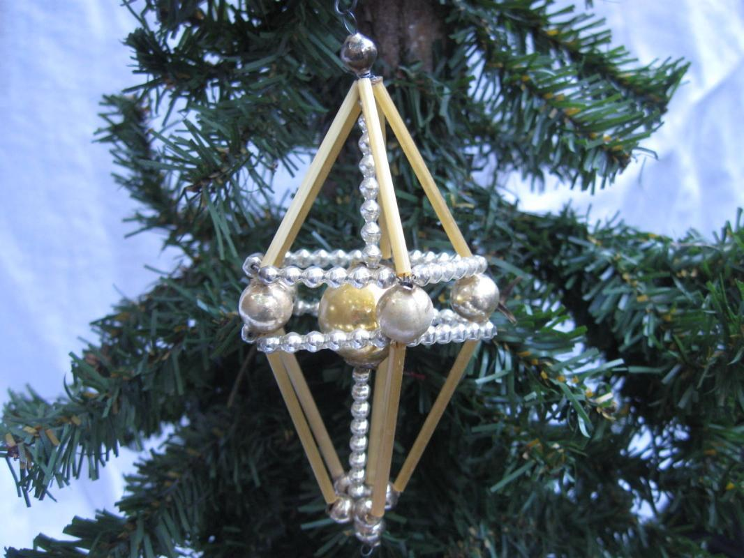 3D Atomic Mercury Glass Beaded Wire Silver Gold Christmas Ornament Figural Kite