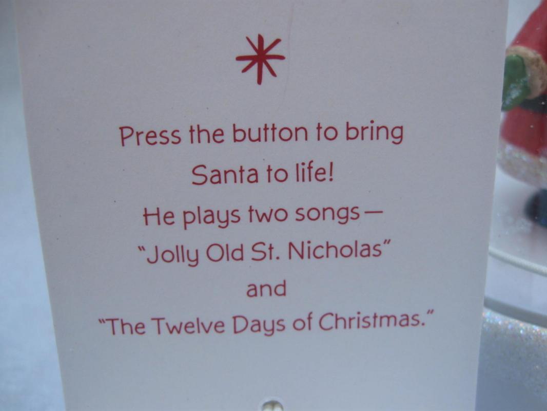 Hallmark 2008  Santa  Happy Tappers Magic Music & Movement Tabletop Display  Christmas