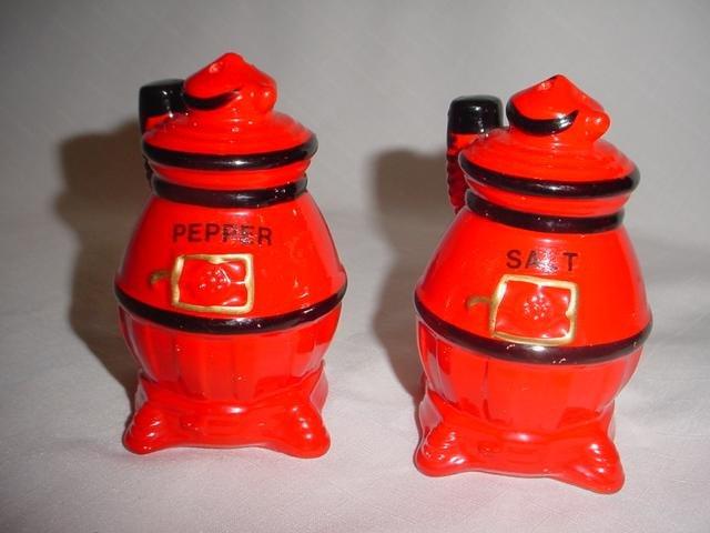 Vintage Pot Bellied Stove Salt & Pepper Shakers