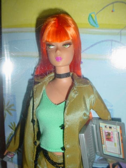 Modern Circle Barbie Doll Producer