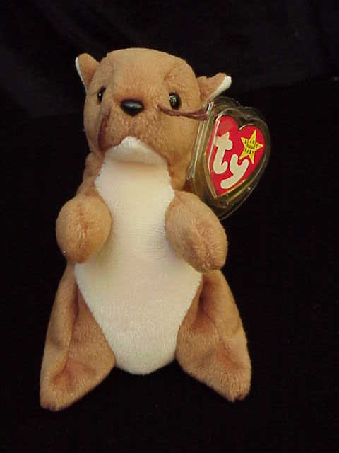 Ty NUTS THE SQUIRREL  Beanie Baby