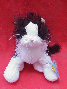 Black & White Webkinz Retired Kitty Cat With No Magic W on Paw With Sealed Tag & Secret Unused Code
