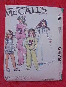 McCall's 6479 Girls' Nightgown & Pajamas With Raggedy Ann & Andy Transfers 1970's Sewing Pattern   Size Medium