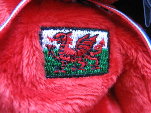 Ty WALES UK Exclusive  Beanie Baby Bear