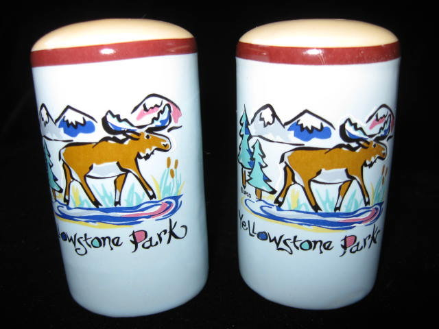 Yellowstone Souvenir Moose  Salt & Pepper Shakers