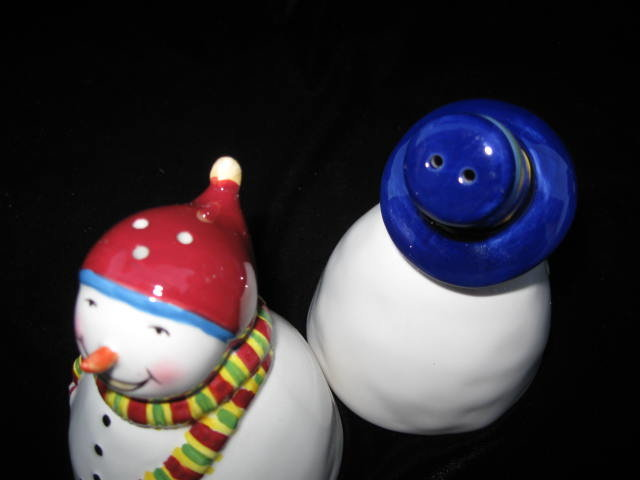 Snowman & Snowgirl Salt & Pepper Shakers