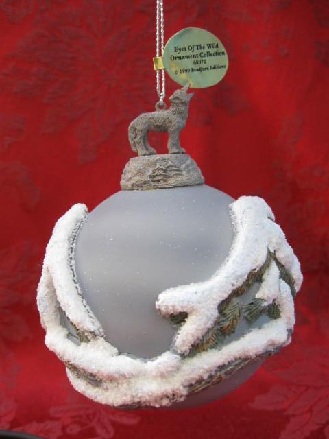 Bradford Eyes In The Shadows 3 Dimensional Wolf Christmas Tree Ornament