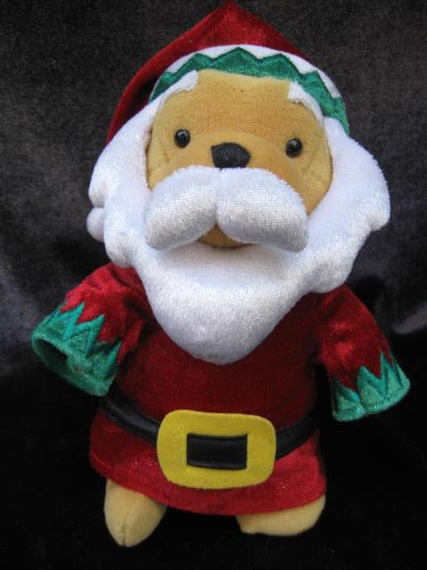 2001 Disney Santa Claus Winnie The Pooh Beanie Baby    Disney Store Exclusive