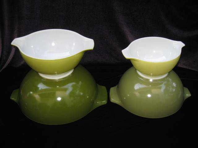 Set of 4 Vintage Green or Verde  Pyrex Cinderella Nesting Mixing Bowls