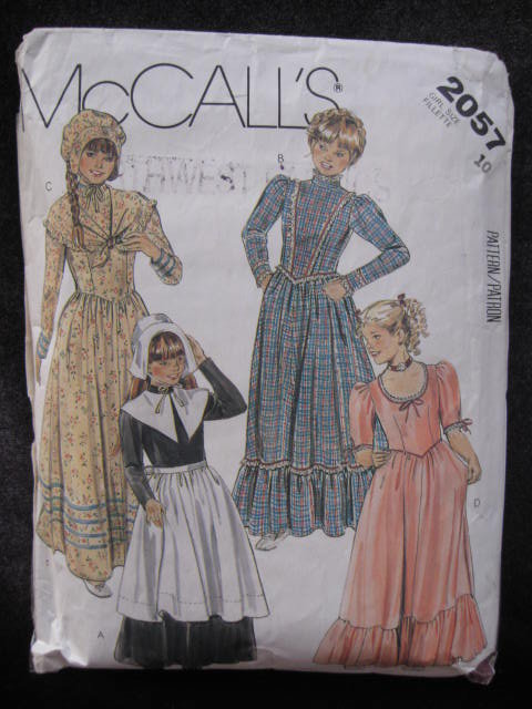 Vintage McCall's 2957 Girls' Frontier Pilgrim Halloween Costume Sewing Pattern