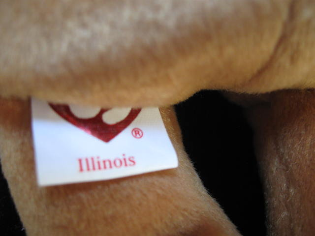 Ty  ILLINOIS   I Love Illinois    Bear Retired    Beanie Baby