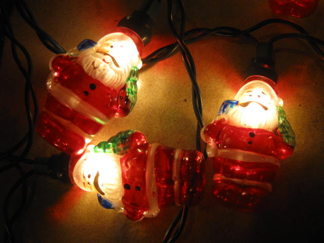 Vintage String A Long  Santa Claus  GE Christmas Tree Lights    + Bonus String