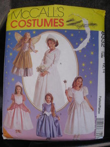 McCall's 8332 Girls' Princess Bride Fairy Halloween Costume Sewing Pattern Size 12 14 Taille