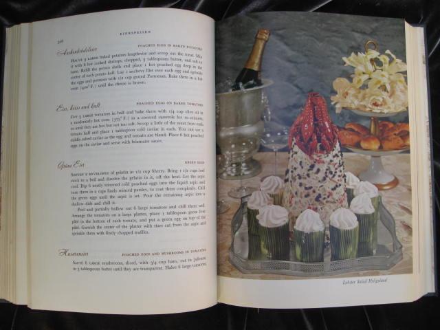 Vintage Gourmet's Old Vienna Cookbook 1959