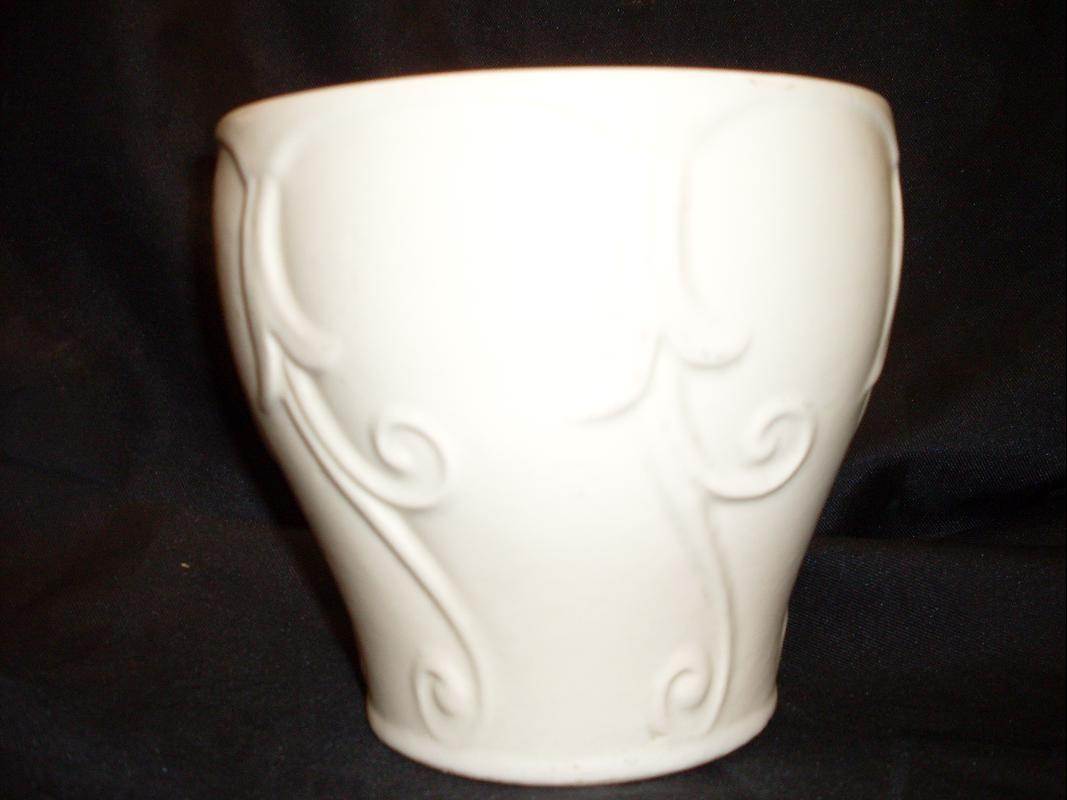 WHITE POTTERY PLANTER