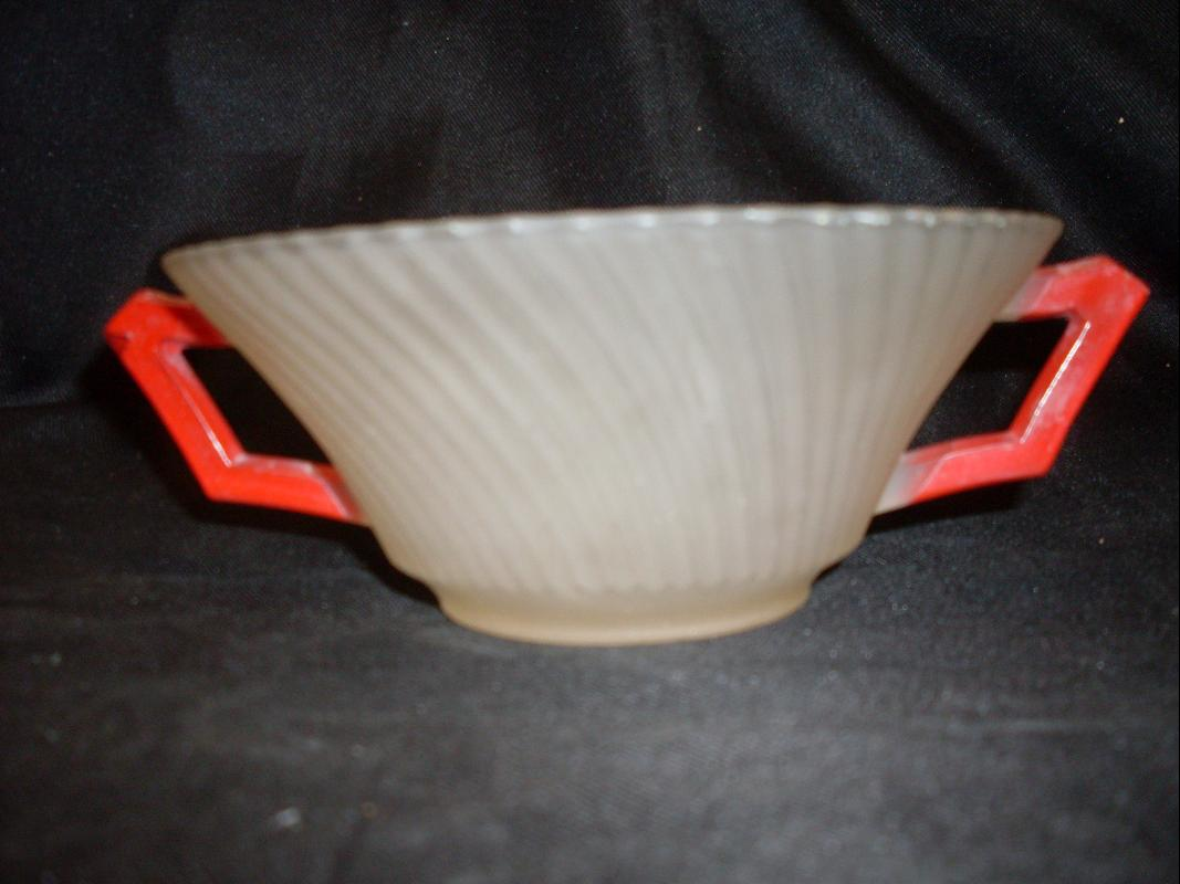 RED DOUBLE HANDLED BOWL SATIN GLASS