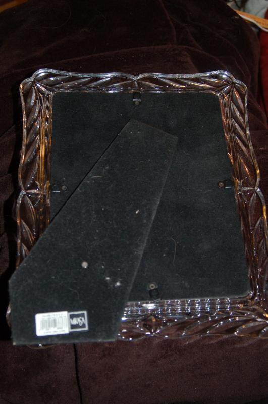 MIKASA CUT CRYSTAL PICTURE FRAME