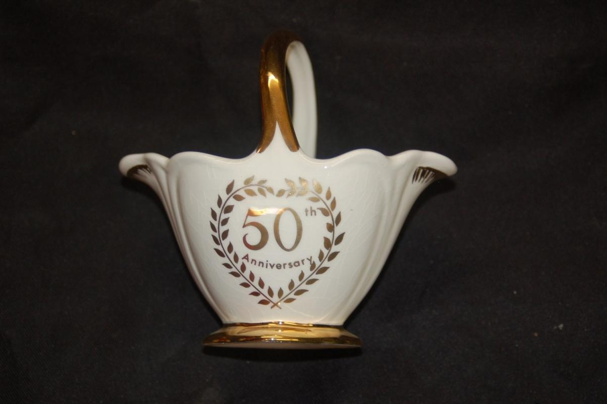 Antiques art vintage gold decorated 50th anniversary basket royal winton grimwades england reviewsmspy