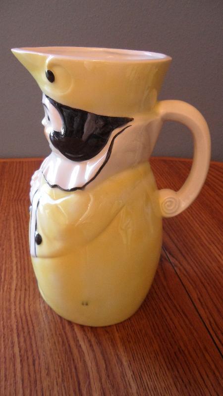 Double Crown Goebel 1940s Goggle Eye Lemonade Pitcher set - Model 494A