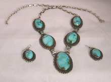 Ladys Matching Necklace and Earring Set- An Authenic Rare-Bisbee Turquoise-Artist signed-Sterling Silver (97 grams) Necklace and Earrings