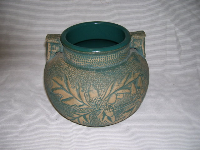 A Large Blue and Beige Acorn Leaf Decorated Pot by Red Wing Union Stoneware