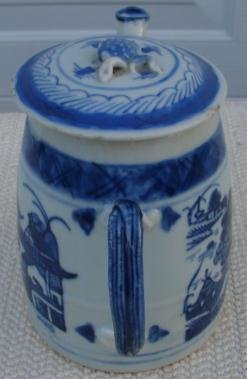 CHINESE EXPORT BLUE CANTON TEAPOT
