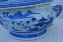 C. 1880 CHINESE EXPORT BLUE CANTON SOUP TUREEN W/COVER SOUP TUREEN